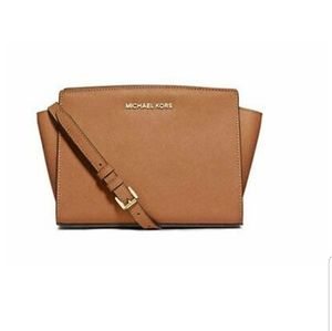 Michael Kors Selma Crossbody Camel Brown